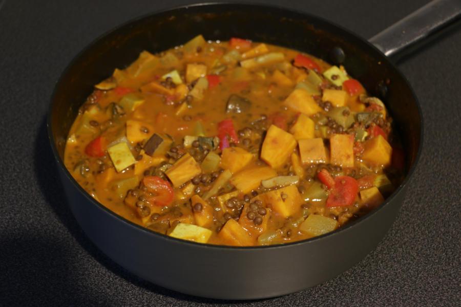 Gemüsecurry mit Linsen